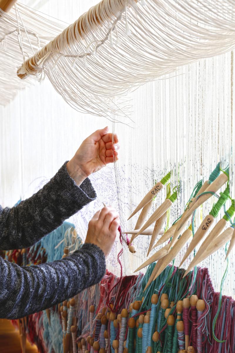 detail-dune-tapisserie-2-manufacture-des-gobelins-yvan-moreau